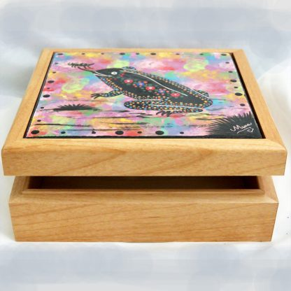 "Mana Pottery wooden box with 6"" square tile featuring toad."